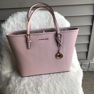 NWT MICHAEL KORS TOTE JET SET BAG